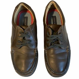 Boys TOMMY HILFIGER Dress Shoes Brown lace up 4W